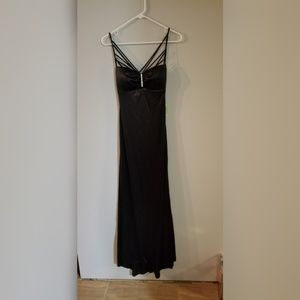 Black windsor prom dress